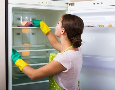 clean-fridge-cleaning-refrigerator